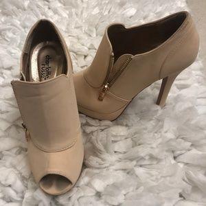Charlotte Russe Nude Size 7 Heel